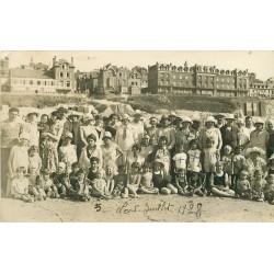 80 ONIVAL-SUR-MER. Superbe et rare Photo carte postale animation sur la Plage 1928