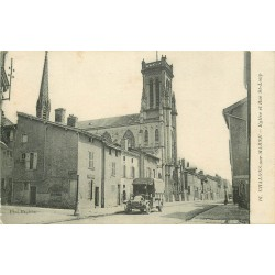 51 CHALONS-SUR-MARNE. Eglise et voiture ancienne rue Saint-Loup 1917