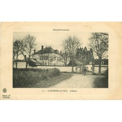 03 SAINT-ETIENNE-DE-VICQ. Brûlefer avec cycliste