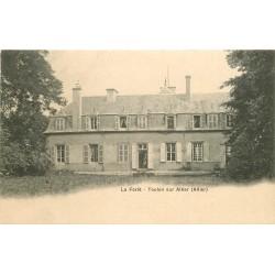03 TOULON SUR ALLIER. Animation au Château de La Forêt