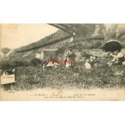 """92 RUEIL MALMAISON. Pêcheurs se soulageant après un bon déjeûner sous le """" Pont des Soupirs """" 1918"""