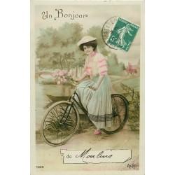 03 MOULINS. Superbe femme à bicyclette