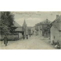 63 SAINT-GEORGES-DE-MONS. Entrée du Bourg par la route de Manzat