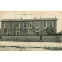 30 BERNIS. Les Ecoles 1919