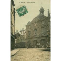 78 MANTES. Animation devant l'Hôtel de Ville 1913