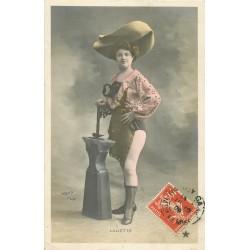 """Spectacle par Walery """" LALIETTE """" danseuse femme forgeron 1910."""