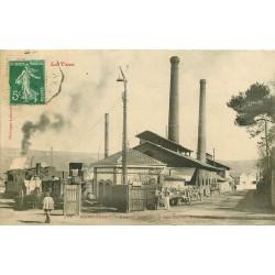 81 SAINT-JUERY. Locomotive à vapeur et attelage à l'Entrée des Usines Métallurgiques 1908