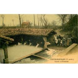 82 CASTELMAYRAN. Lavandières laveuses au Lavoir et Fontaine