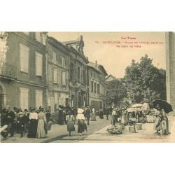 81 SAINT-SULPICE. Le Marché Jour de fête Place Hôtel de Ville 1917