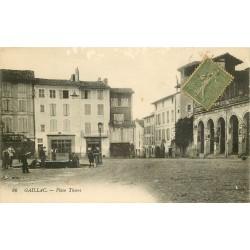 81 GAILLAC. Cycliste devant la maison de grains Fabre Place Thiers 1917