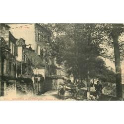 81 CASTELNAU-DE-MONTMIRAIL. Attelage avenue de Gaillac 1915