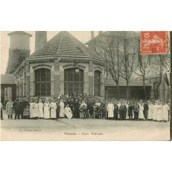 18 VIERZON. Ecole Nationale avec Blessés, Infirmières et Militaires 1919
