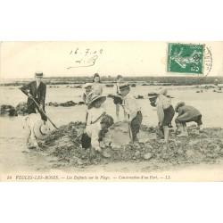 76 VEULES-LES-ROSES. Construction d'un Fort de sable 1908