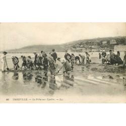 14 TROUVILLE. La Pêche aux Equilles