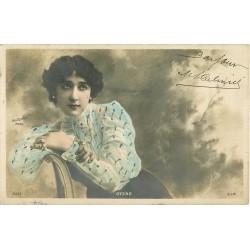 SPECTACLE ARTISTES. Otero avec paillettes dorées 1904 par Reutlinger