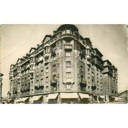 Cpm 93 MONTREUIL-SOUS-BOIS. Carrefour Edouard Vaillant et rue Sergent Godefroy