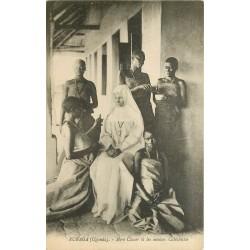 OUGANDA Rubaga. Mère Claver et novices Catéchistes