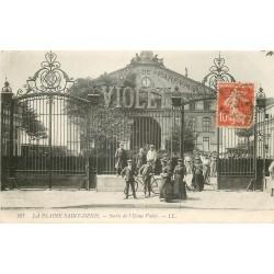 93 PLAINE SAINT-DENIS. Sortie des Ouvrières de l'Usine de parfums Violet