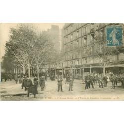 PARIS XVIII° Policiers à l'Entrée du Cimetière Montmartre Avenue Rachel 1920