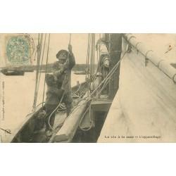METIERS DE LA MER. L'appareillage d'un bateau de Pêcheurs 1906