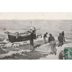 METIERS DE LA MER. Séchage des filets après la Pêche 1909