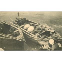 44 Le Pouliguen. Pêcheurs de Sardines comptant leurs poissons
