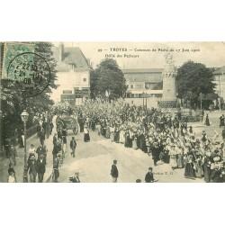 10 TROYES. Concours de Pêche avec défilé des Pêcheurs 1906