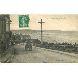 carte postale ancienne 14 TROUVILLE. Attelage et Calvaire vers 1907