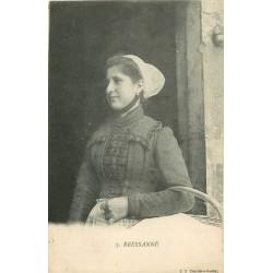 01 BRESSANE. Femme partant au Marché 1904
