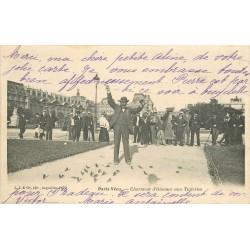 75 PARIS VECU. Charmeur d'Oisaux aux Tuileries 1904