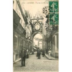 89 AUXERRE. Rue de l'Horloge animée 1909