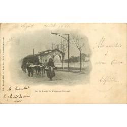 63 CLERMONT-FERRAND. Attelage de Boeufs sur la Route 1901