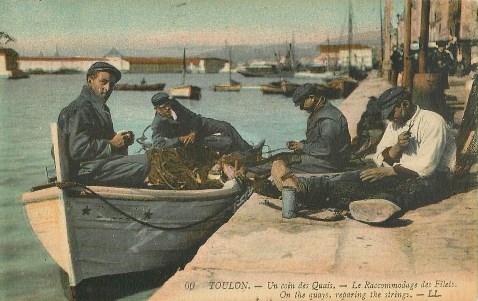 83 TOULON. Le Raccommodage des Filets sur le Quai 1922