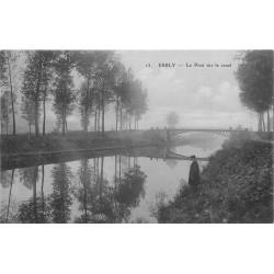 77 ESBLY. Persoonage près du Pont sur le Canal à l'Aube sous la Brume 1909