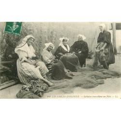 85 LES SABLES-D'OLONNE. Sablaises travaillant au Filet de Pêche 1908