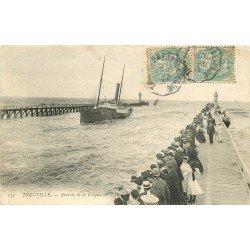 carte postale ancienne 14 TROUVILLE. Arrivée de la Touques 1905