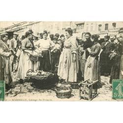 13 MARSEILLE. Lavage du Poisson au vieux Port