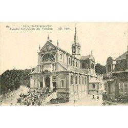 carte postale ancienne 14 TROUVILLE. Eglise Notre-Dame des Victoires animée