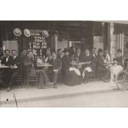 PARIS 01. Terrasse d'un Café Restaurant Rue Vauvilliers