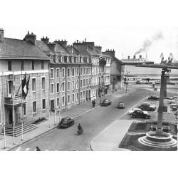 50 CHERBOURG.Hôtel de Ville Place de la République et Queen Mary