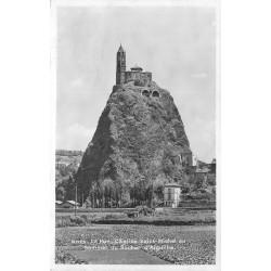 43 LE PUY. Eglise Saint-Michel sur Rocher Aiguille 1942
