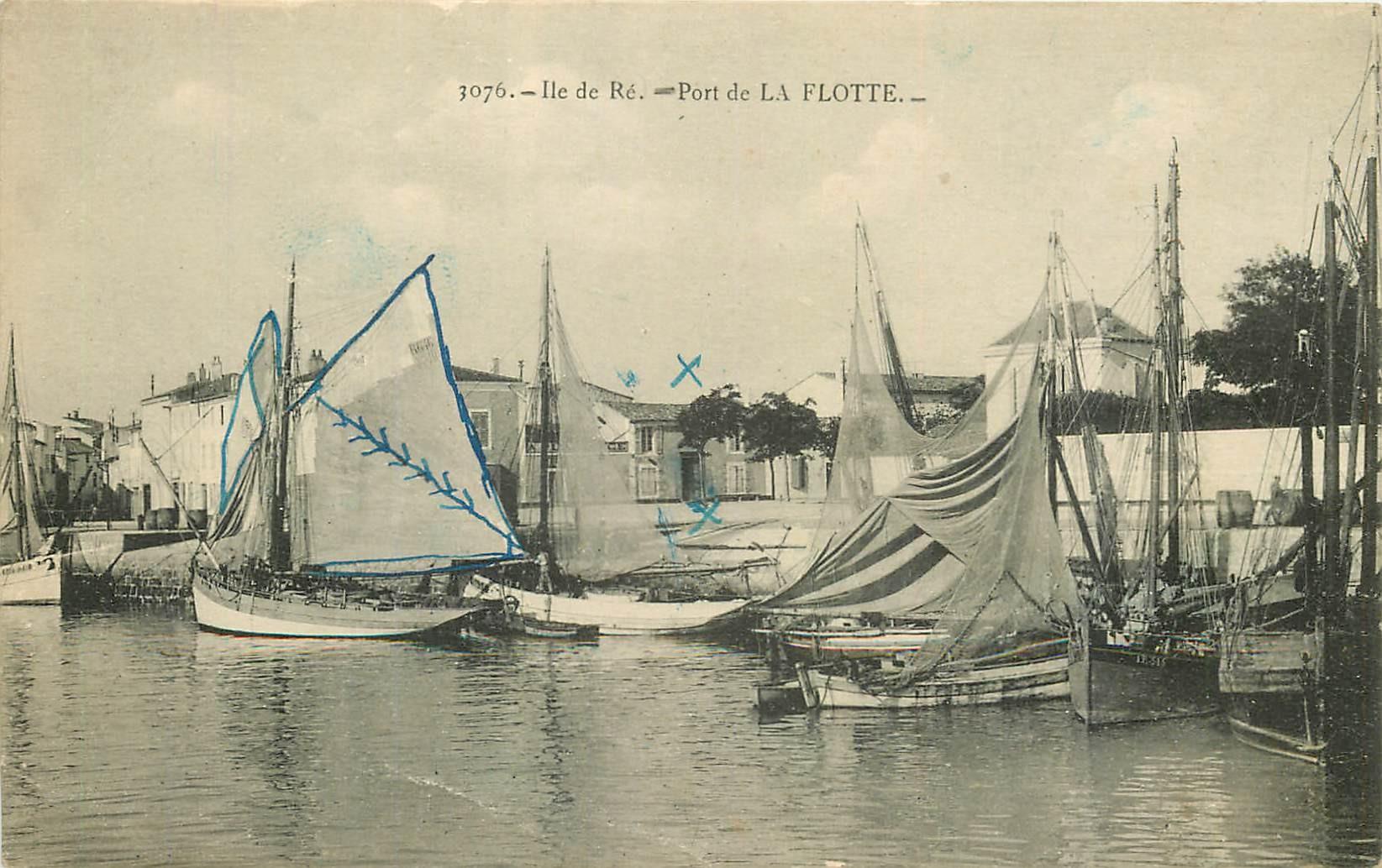 17 ILE DE RE. Bateaux de Pêche au Port de La Flotte 1924