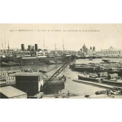 13 MARSEILLE. Paquebot et grues dans le Port de la Joliette