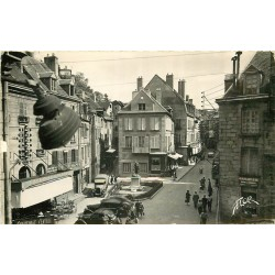 Photo Cpsm 23 AUBUSSON. La Place du Monument et le Café du Commerce 1958