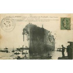 """44 SAINT-NAZAIRE. Paquebot """" Le Paris """" les remorqueurs et Pêcheurs de suif 1929"""