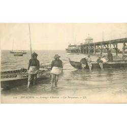 33 ARCACHON. Arrivages d'Huîtres avec Parqueuses 1909