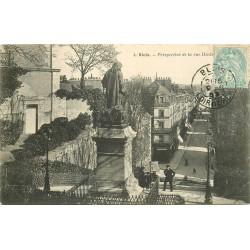 41 BLOIS. Perspective de la rue Denis-Papin depuis sa Statue 1905
