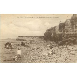17 CHÂTELAILLON. Les Falaises des Boucholeurs 1923