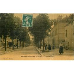 77 BEAUMONT-DU-GÂTINAIS. La Gendarmerie 1907