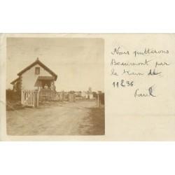 77 BEAUMONT-DU-GÂTINAIS. Garde barrière avec passage à niveau 1903
